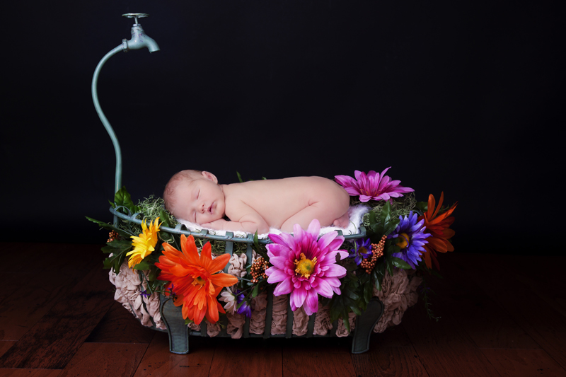 Newborn Tub | Frisco Texas Photographer